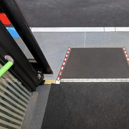Retractable ramp for wheelchair